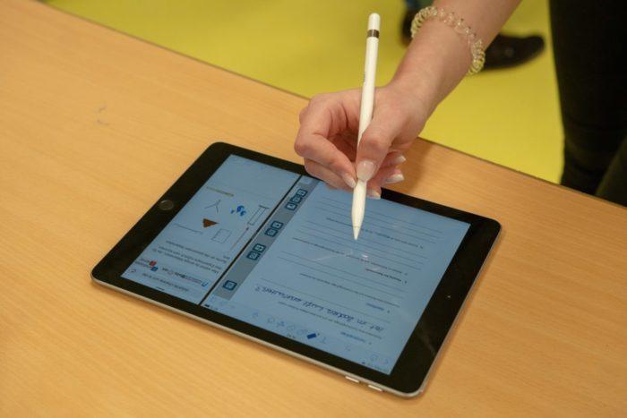 Ein Moderner Tablet des Herstellers Apple